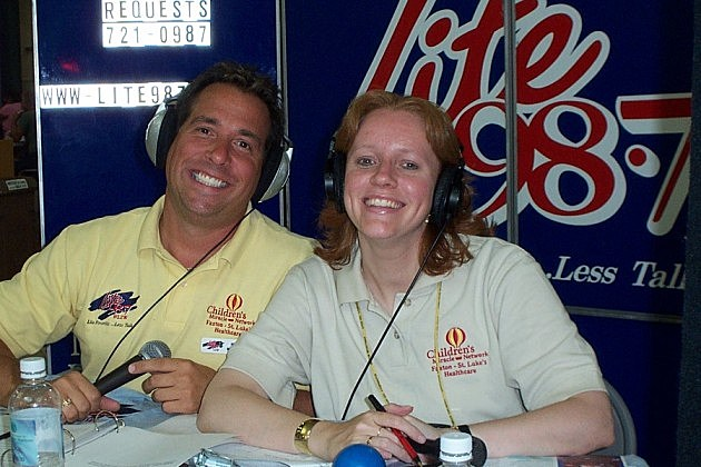 Lite 98.7's Trudy and Mark Richards