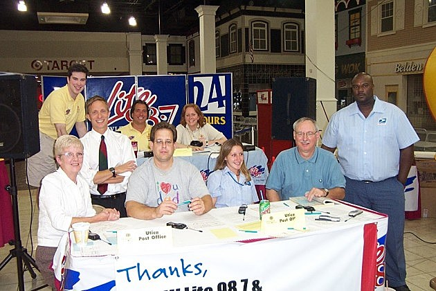 Trudy at CMN Radionthon in 2003 for CMN and Lite 98.7.