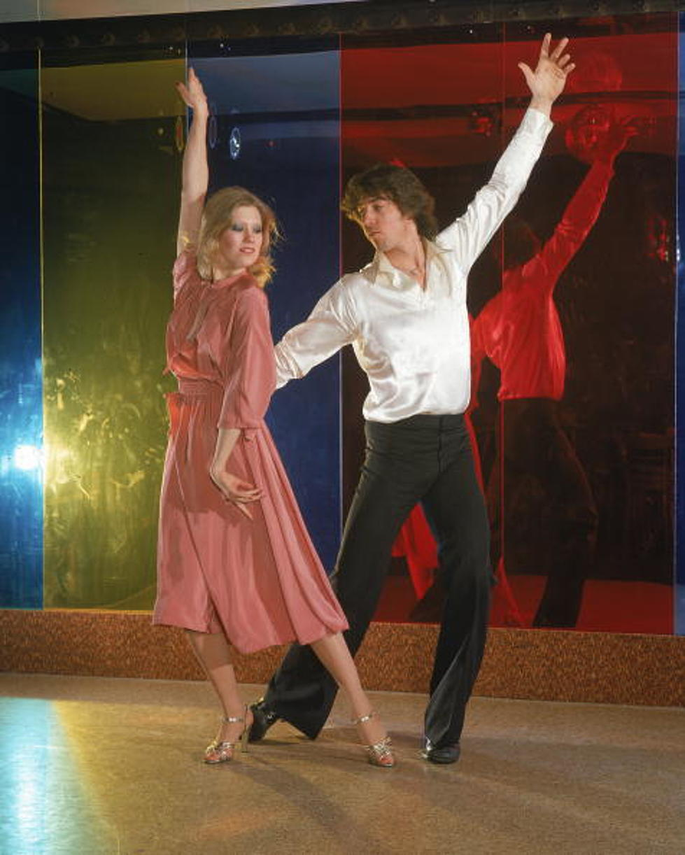 5 Iconic Dance Moves Of The 1970s