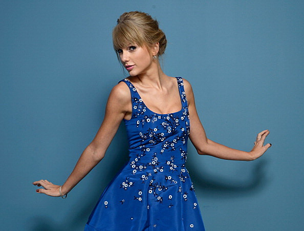 Taylor Swift 'Sweeter Than Fiction'