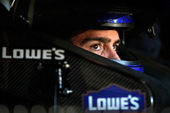 Jimmie Johnson poised to win 2013 Sprint Cup Chase.