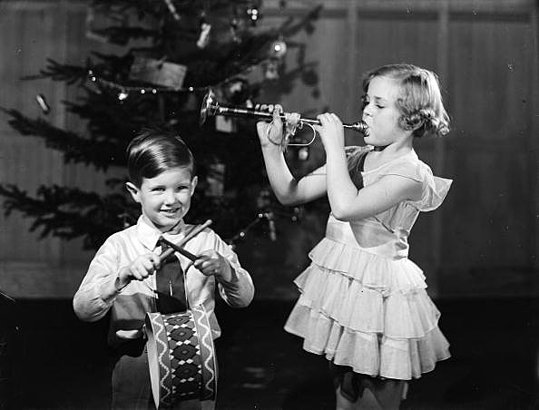Christmas Music in Utica