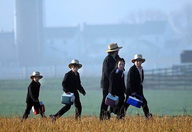 Amish Children Get New Schoolhouse