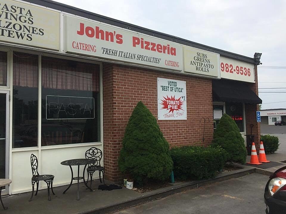 John's Pizzeria in Marcy