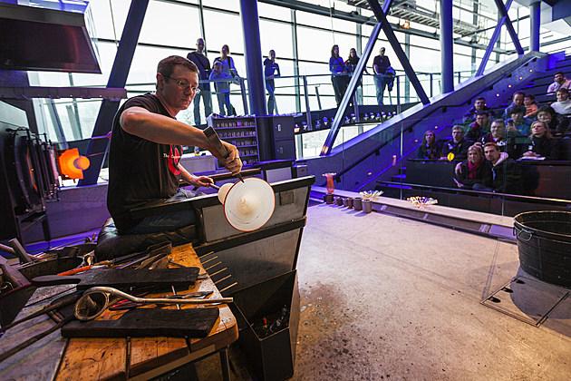 """CMoG HGS """"Light Filled"""" Studio 201212129GH"""